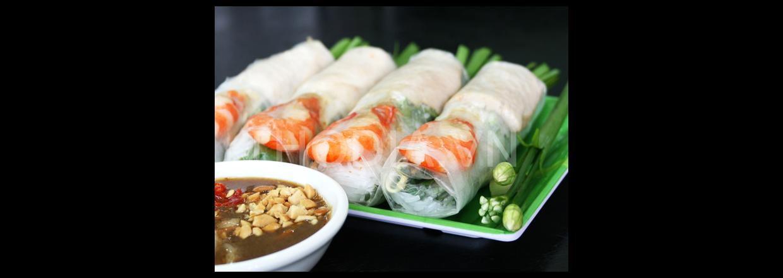 Veitnamesiske forårsruller med svinekød og grøntsager